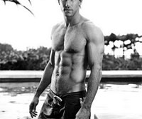 ryan reynolds six pack Muscle Mass May Reduce the Onset of Diabetes