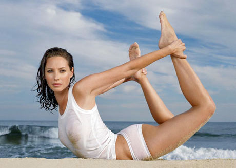 Christie-Turlington-Yoga-Pose