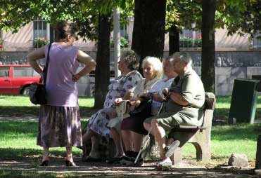 old-people-on-a-bench