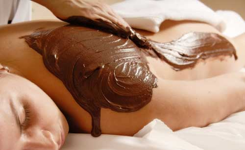 body chocolate 8 Delicious Cosmetics You Didnt Know You Could Eat
