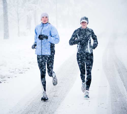 running-in-the-snow