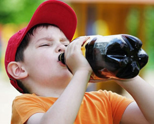 child-drinking-coke