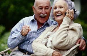 elderly couple cell phone